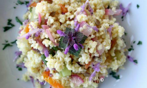 Insalata di miglio, verdure e fiori di Lamio