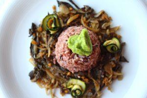 Riso Java con funghi speziati e crema di zucchine