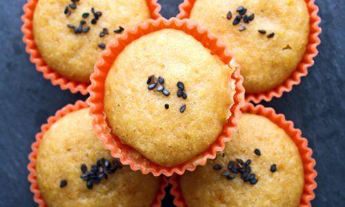 Muffins a vapore con limone e mandorle
