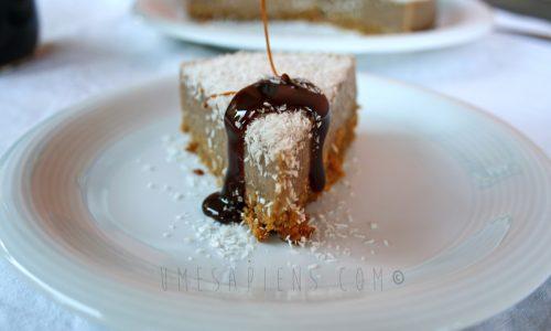 Cheesecake vegan al cocco e carruba