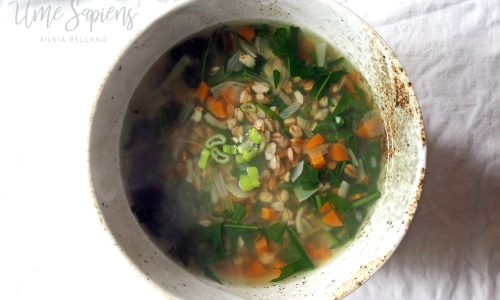 Zuppa di farro e tarassaco per un fegato felice