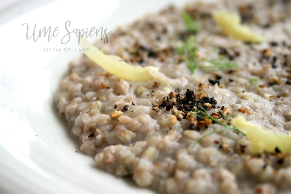 grano saraceno in crema di finocchi e mandorle con polvere di olive