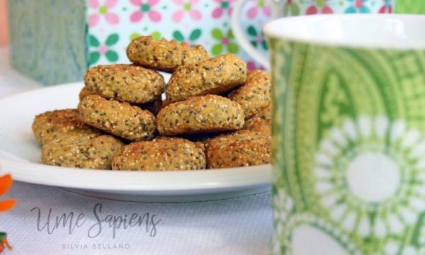 Biscotti morbidi ai semi di chia e amaranto soffiato