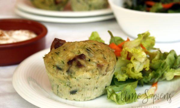 Muffins salati con zucchine e tempeh cotti al vapore