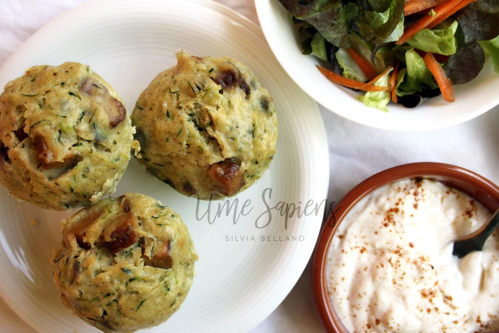 muffins salati con zucchine e tempeh al vapore